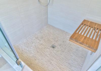Master Bathroom - Teak Bench