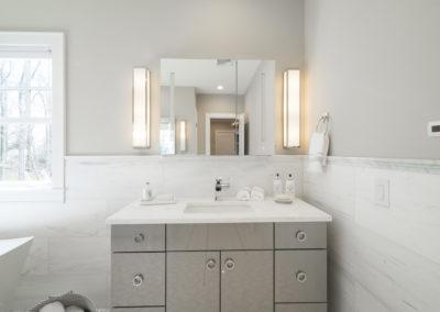 Master Bathroom - 3